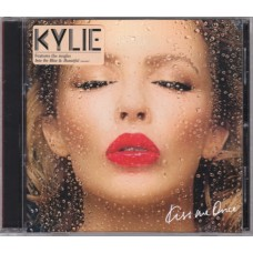 "CD KYLIE MINOGUE ""KISS ME ONCE"""